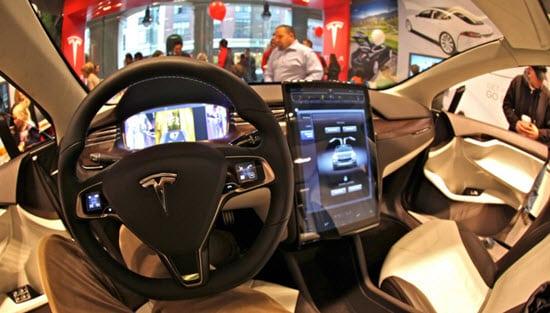 Des chercheurs en sécurité parviennent à hacker une Tesla