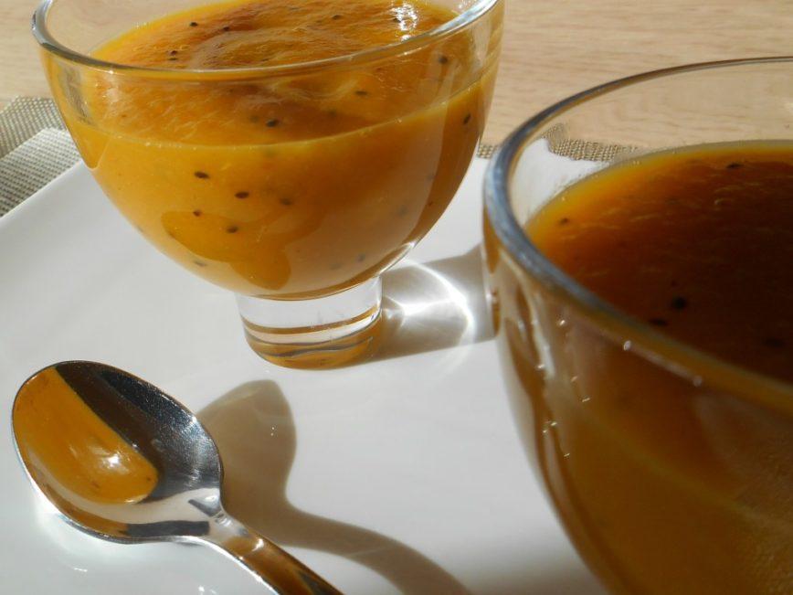 Recette de compote de kiwis, abricots et oranges