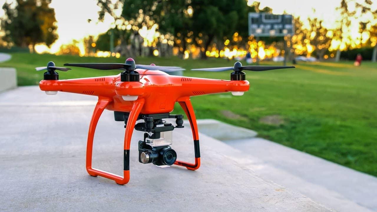 Le drône au décollage