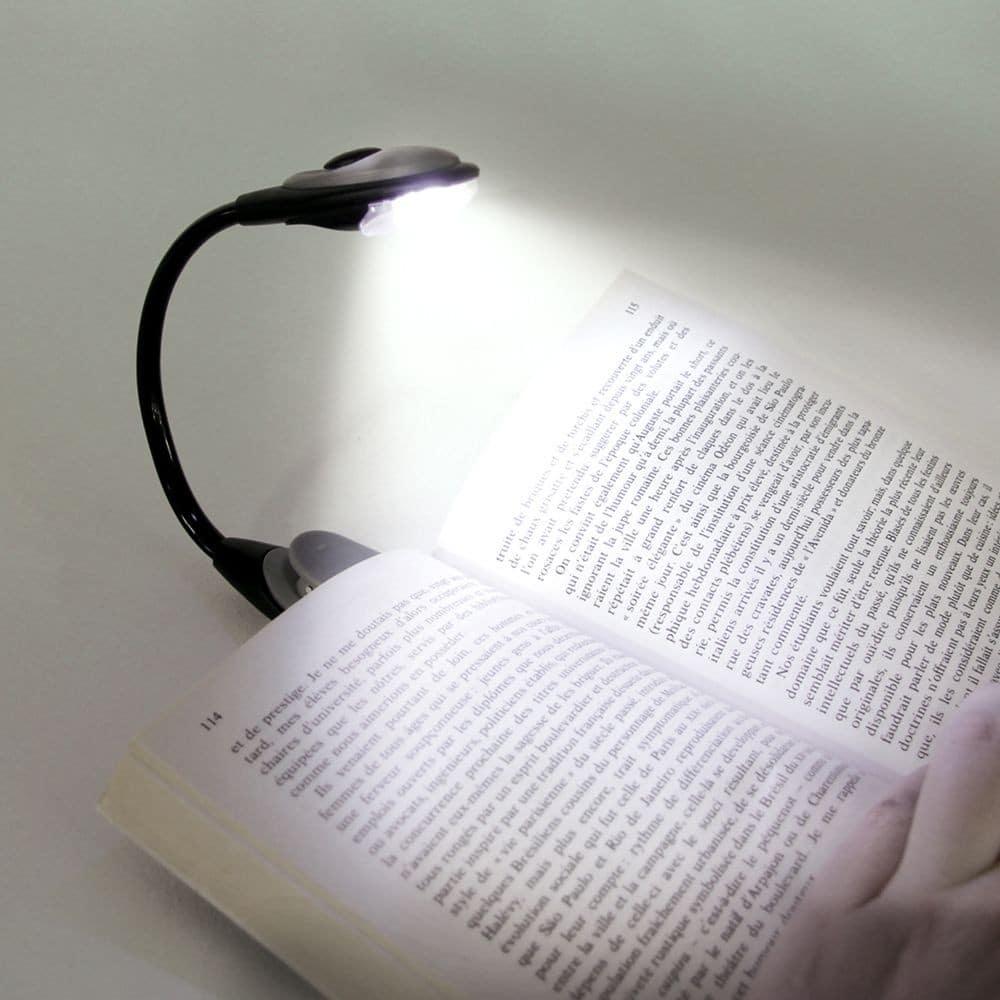La lampe de lecture à lumière blanche.