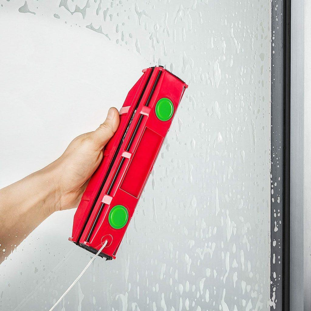 La lave vitre magnétique