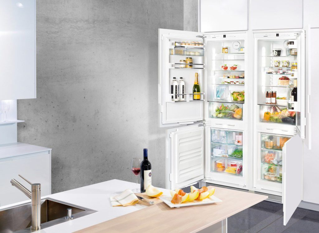 Zoom sur le réfrigérateur congélateur